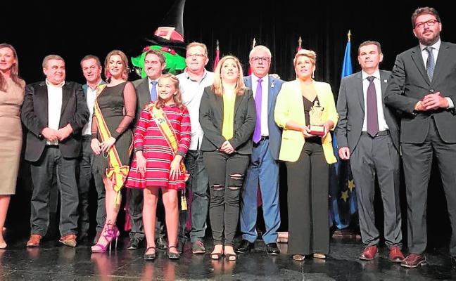 Arroyo recibe el premio Oinokoe