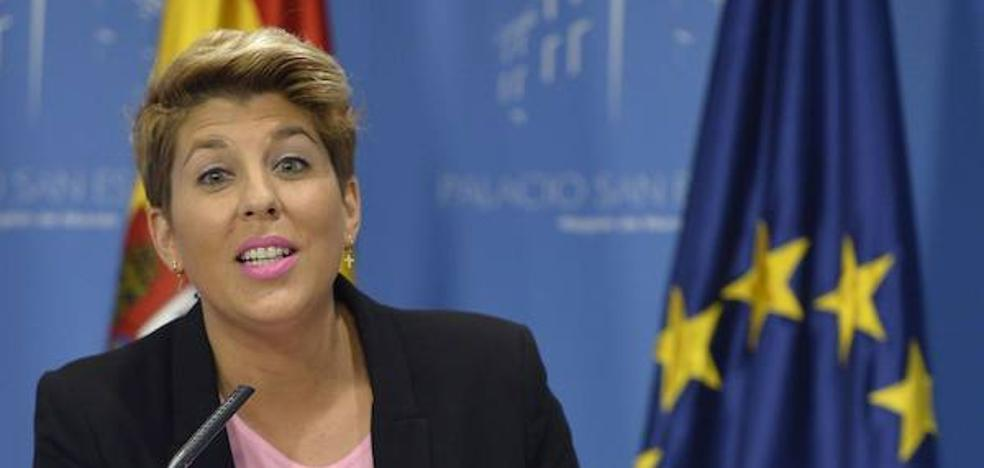 Arroyo pide a Puigdemont que «deje de hacer el ridículo»