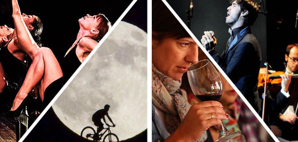 Vino, tango, conciertos y bicicletas a la luz de la luna
