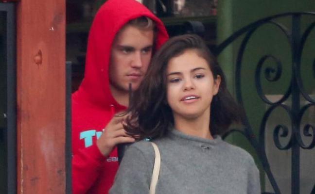 Selena Gomez y Justin Bieber han vuelto