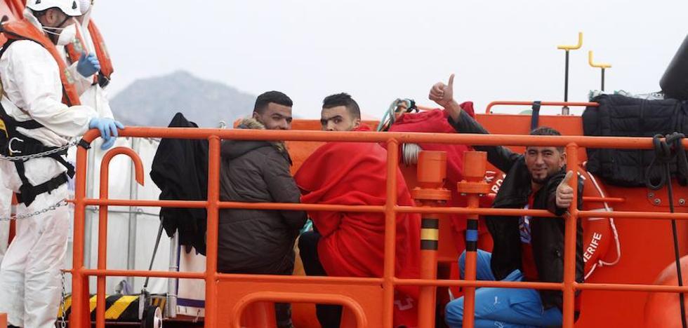 Frente a un 'tsunami' humanitario