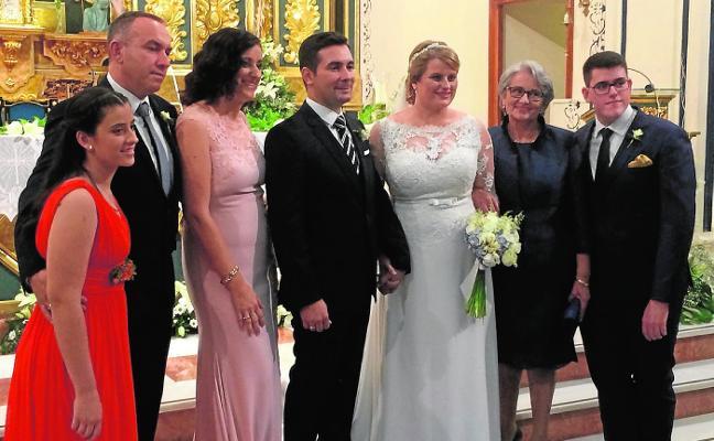 La alcaldesa de Mazarrón da el 'sí quiero' en el altar
