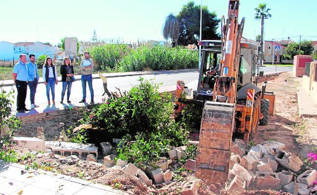 El futuro parque junto al centro de salud será un 'oasis' de descanso en la ruta a las salinas