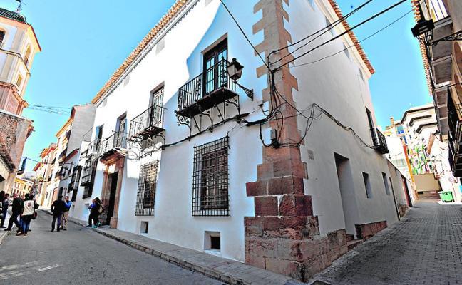 Turismo y Patrimonio regresarán al palacio de Villaescusa a principios de año