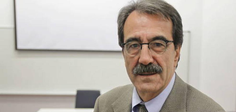 Emilio Ontiveros: «La Región no es capaz de generar un crecimiento económico de calidad»