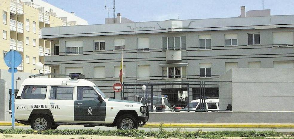Detienen a 10 guardias civiles en una operación contra el tráfico de drogas que involucra a la Región