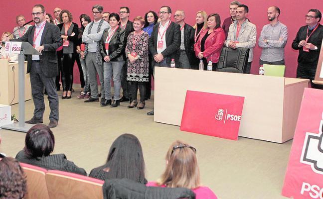 Mateos, reelegido líder del PSOE
