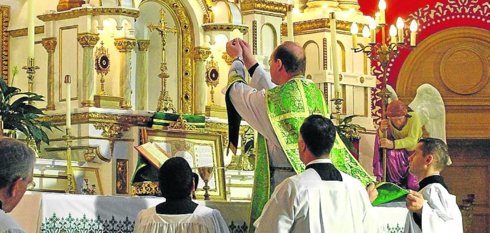 'Et intruibo ad altare Dei'