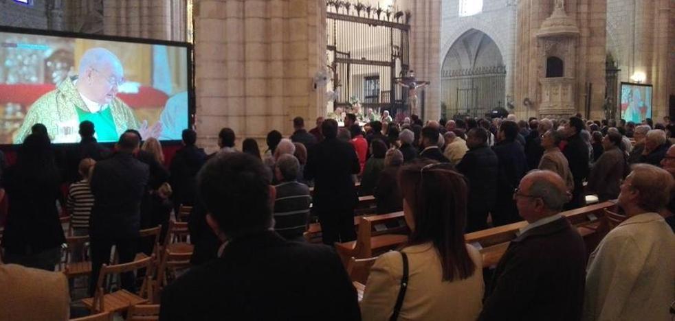 El Congreso de Cofradías y Hermandades se despide con una eucaristía en la Catedral