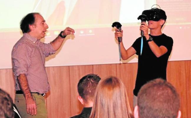 Muestran cómo aprender de topología con la realidad virtual