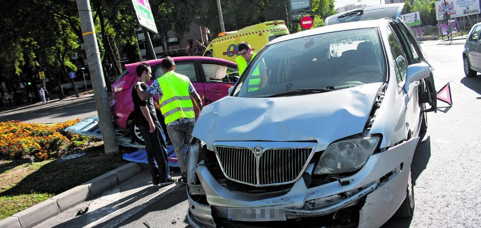 Aparatosa colisión en Murcia
