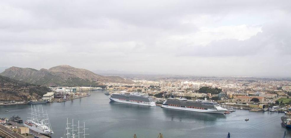 El sector de los cruceros aborda su futuro en la ciudad