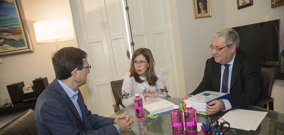 El PSOE pedirá informes sobre la prórroga de la concesión del agua