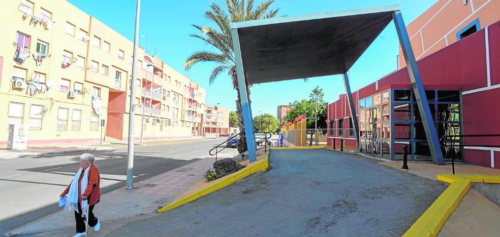 Sanitarios de Urgencias rechazan regresar al Parchís tras el crimen en Las Seiscientas