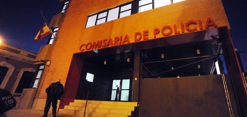 Detienen en Murcia a un menor que intentó asaltar a otro para quitarle el móvil