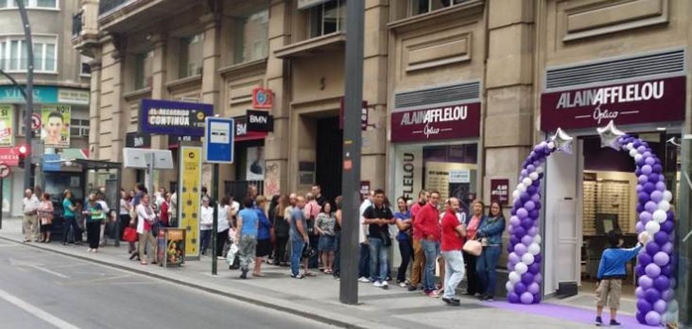 Black Friday: Alain Afflelou regalará 32.500 monturas de graduado