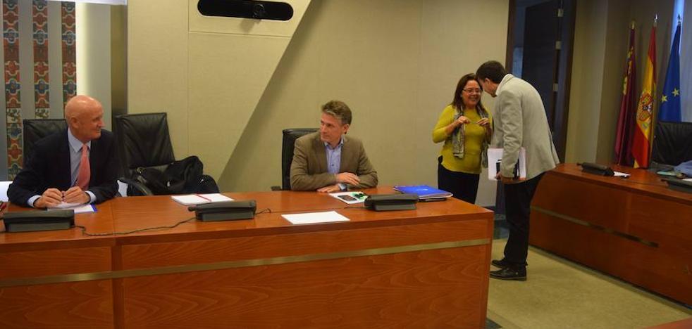 La Asamblea pide un plan de acondicionamiento para mejorar la climatización de las aulas