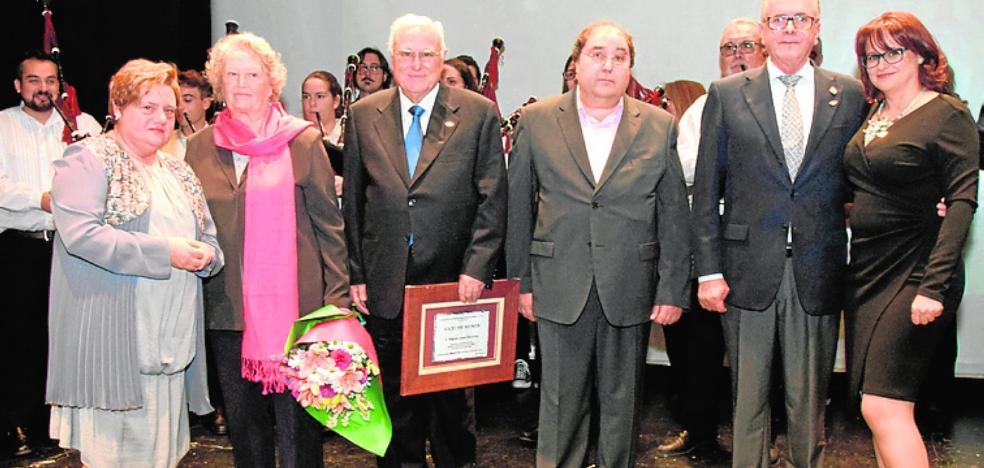 Afda nombra socio de honor a Miguel López