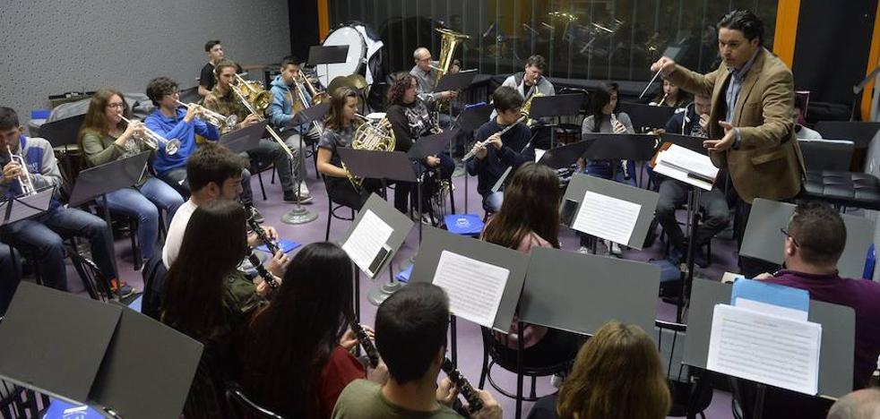 La Asamblea Regional pide a la Comunidad que declare BIC las bandas y escuelas de música