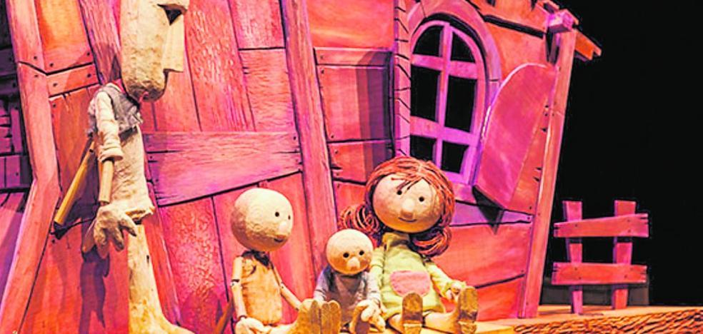 Muñecos y marionetas dispuestos a emocionar