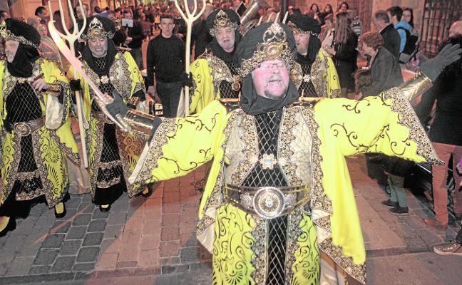 Emires, caudillos y reyes toman la ciudad