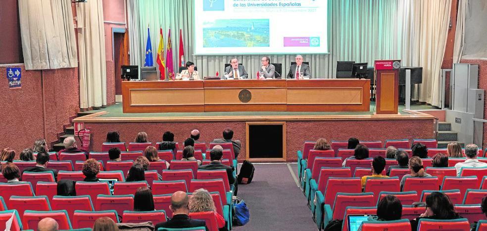 La Conferencia de Decanos de Psicología pide opinar del Pacto Educativo en el Congreso
