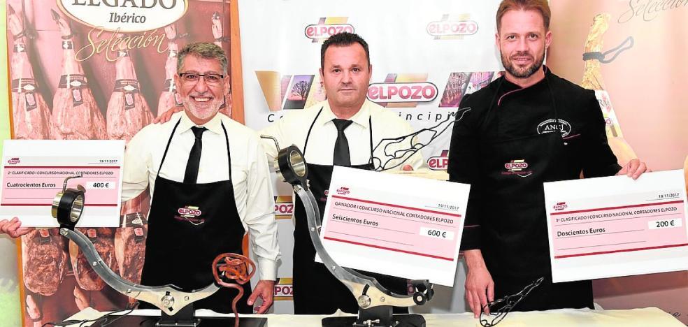 Juan Blas Sánchez gana el concurso nacional de corte de jamón