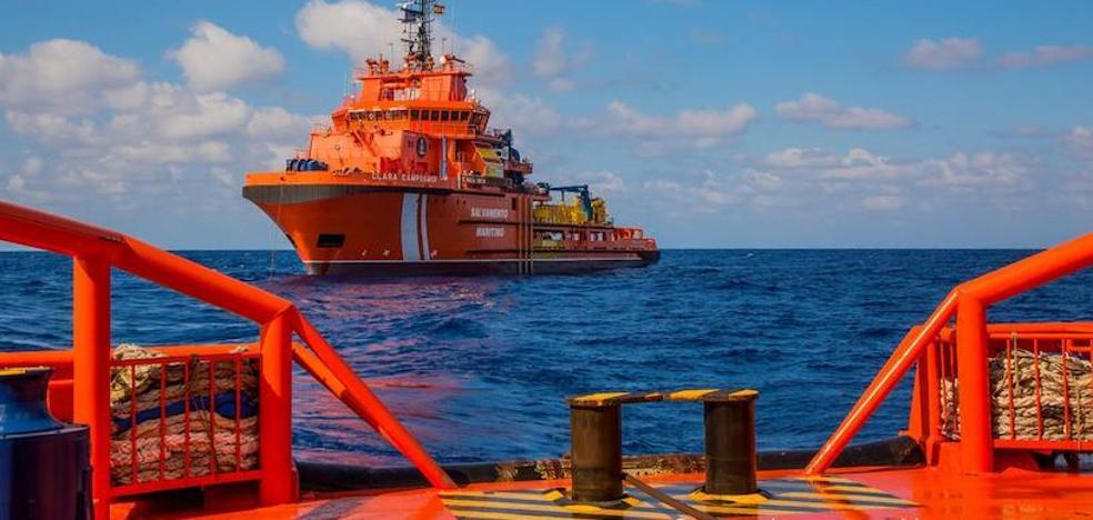 Rescatados los ocupantes de otras cuatro pateras en aguas de la Región