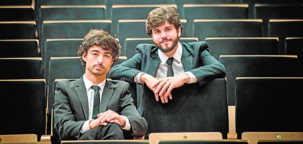 Premian a los pianistas molinenses Arturo Ruiz y Vicente Prieto en París