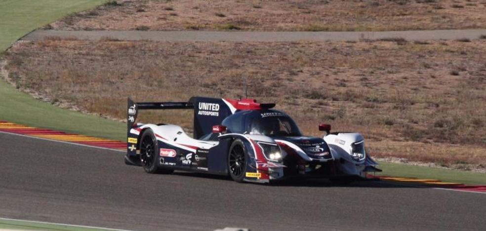 Alonso ensaya para Daytona