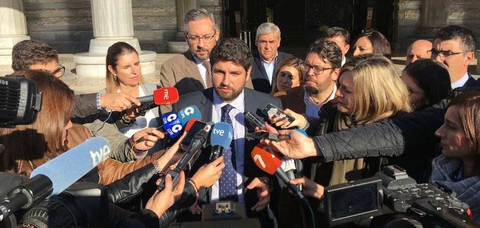PP y Cs escenifican su acuerdo presupuestario y acusan de «boicot» a la presidenta de la Asamblea