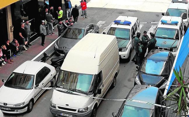 Confiscan cocaína, armas y dinero en una macrorredada con más de 50 guardias civiles