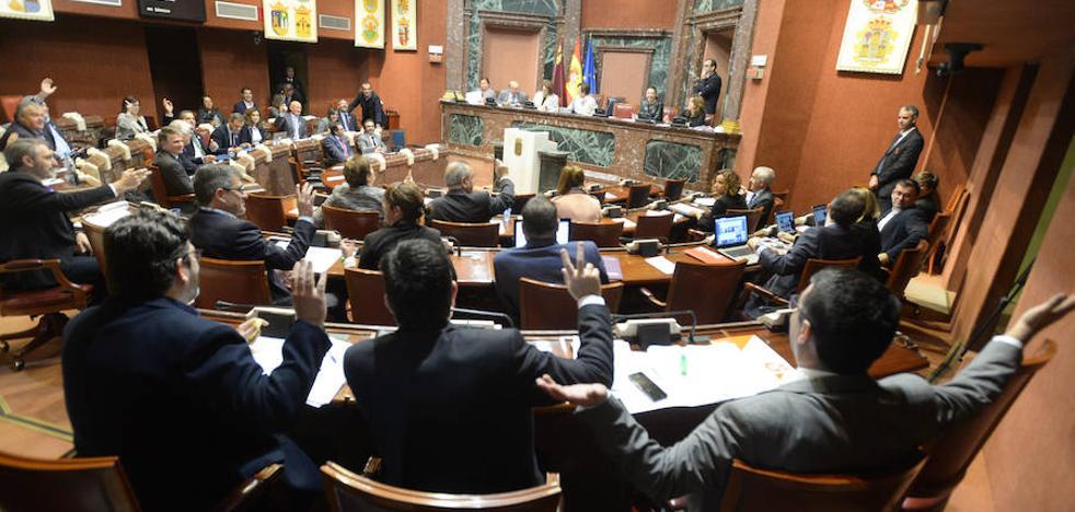 La Asamblea pide al Gobierno regional una estrategia para luchar contra la trata de mujeres y menores