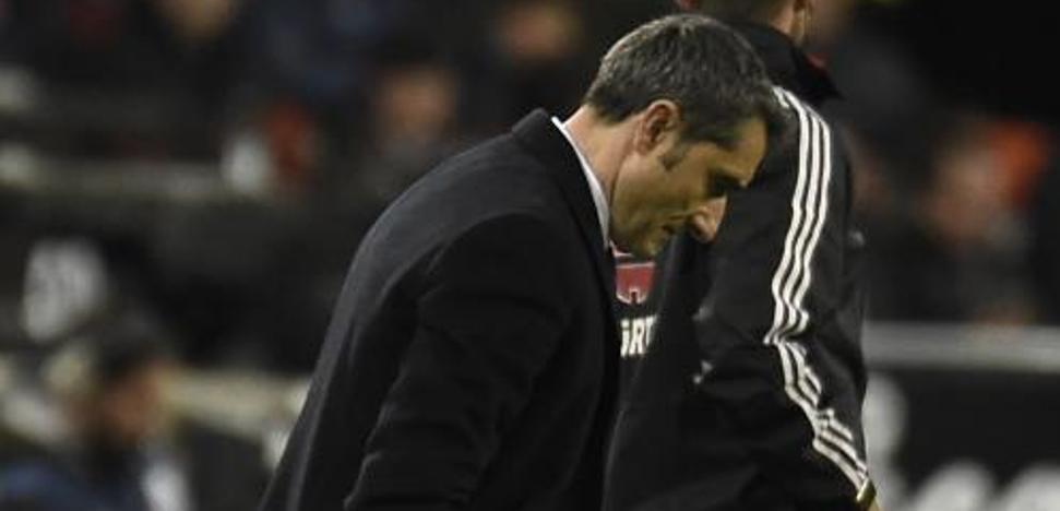 Valverde: «No se trata de rearbitrar los partidos, pero situaciones de esas...»