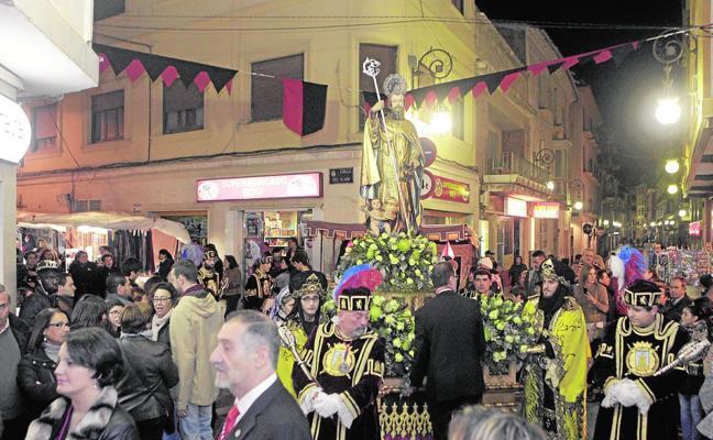 San Clemente procesionó anoche por el casco antiguo