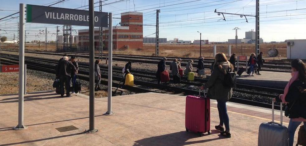 Una avería obliga a cien viajeros a hacer dos transbordos para llegar a Madrid