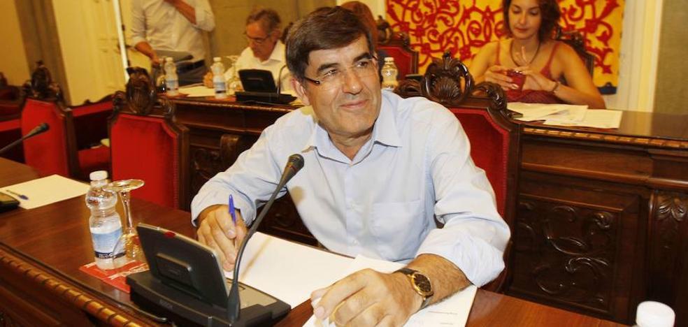 Aznar mantiene a cinco jefes municipales nombrados 'a dedo'