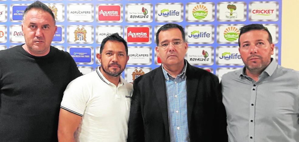 Un representante de futbolistas mexicano se pone al frente del Águilas