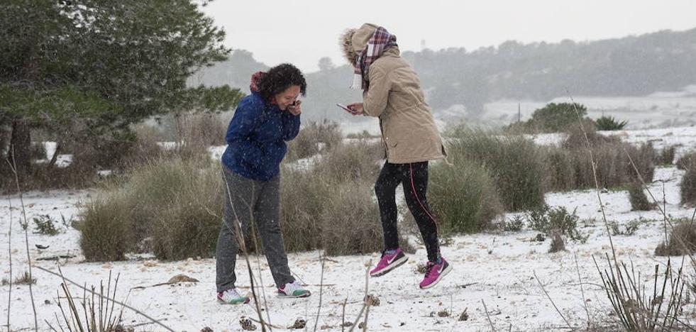 El aire ártico deja viento y frío, sin descartar nieve en las zonas altas