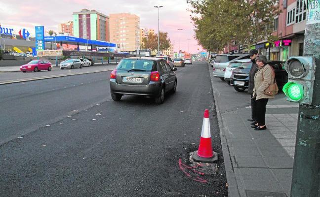 El reasfaltado de calles acapara el aluvión de obras municipales en este final de año