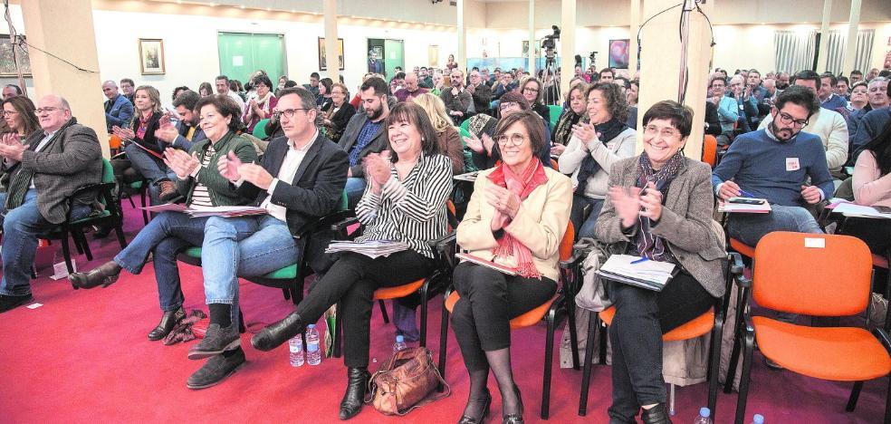 La cumbre del agua del PSOE aboga por las desaladoras sin olvidar los trasvases