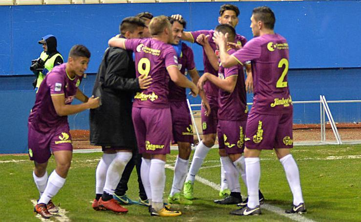 El Cartagena remonta y gana con suspense en el Artés (1-2)