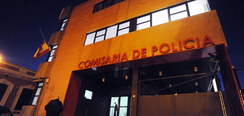 Detenido tras amenazar con un cuchillo a su pareja y sus dos hijos menores de edad en Murcia
