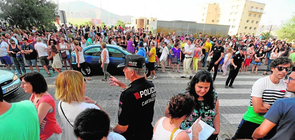 La nueva oferta municipal de empleo se centra en Bomberos e Infraestructuras