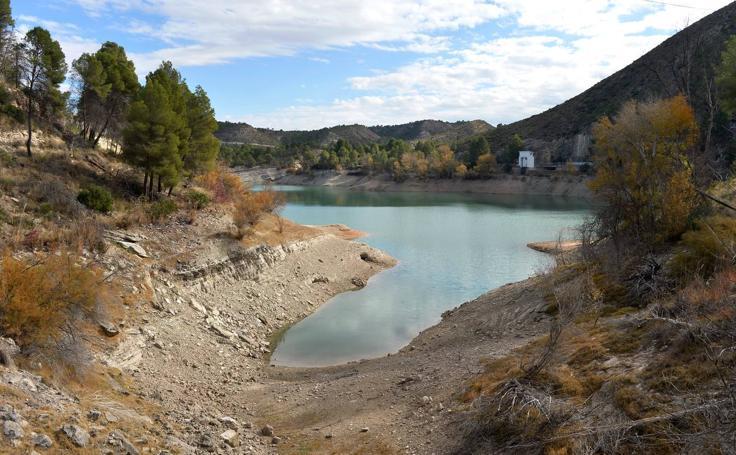 El antes y después de los embalses de la cuenca del Segura