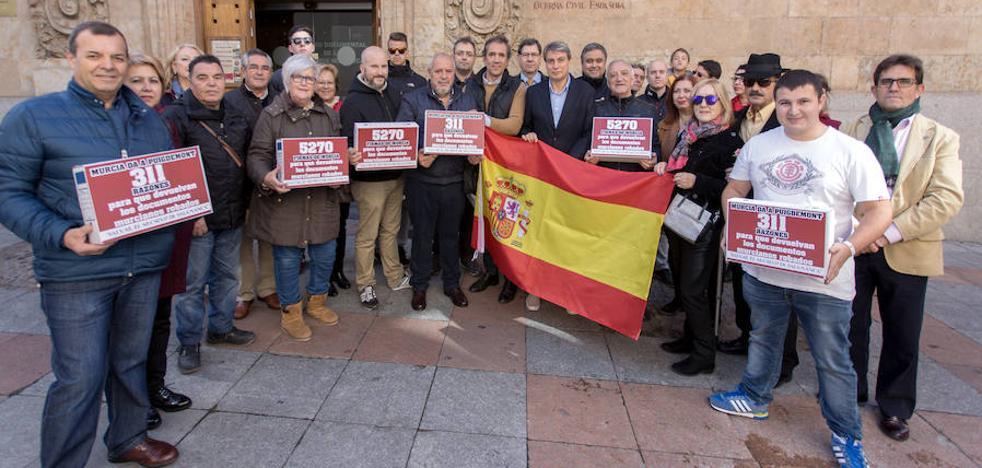 Cataluña devolverá los carnés sindicales de Totana y La Unión a Salamanca