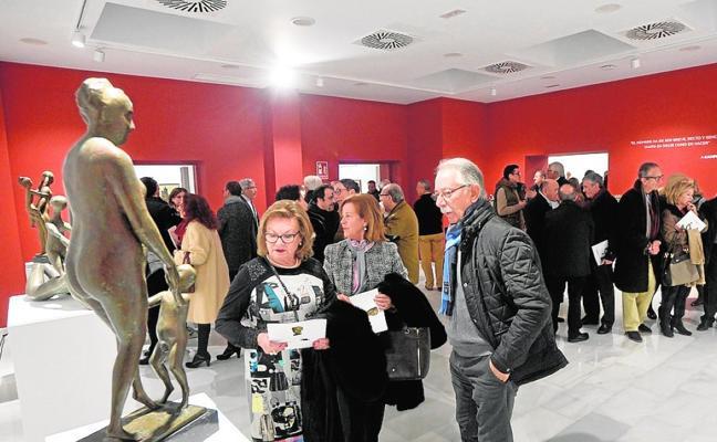 Murcia celebra con Campillo su nueva sala de exposiciones