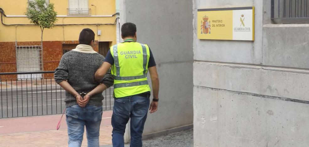 Detenidos los autores del robo de casi medio centenar de corderos en Puerto Lumbreras