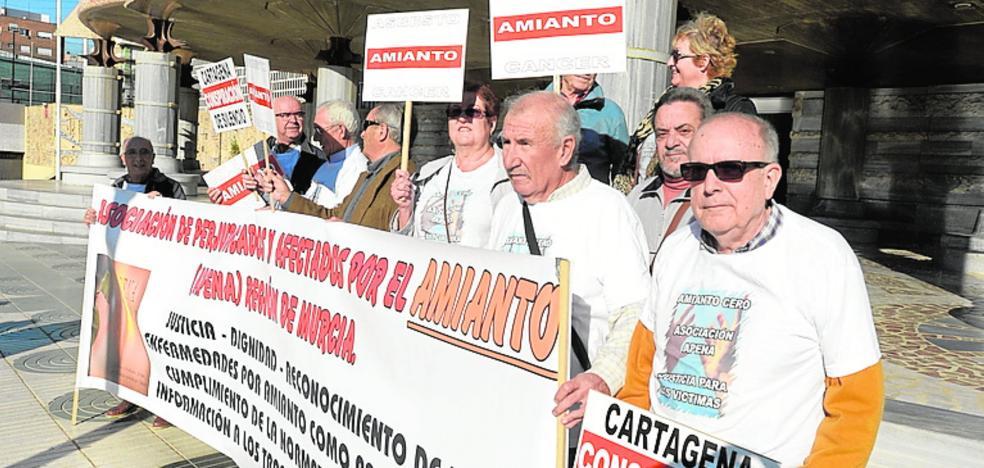 Confirman una condena por permitir el uso de amianto