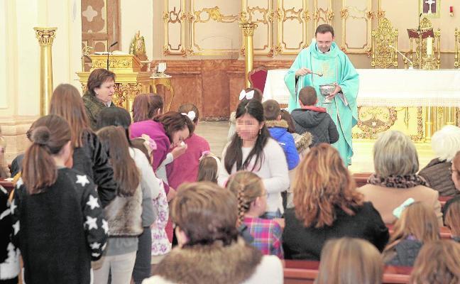 Bendición de los Niños Jesús para los belenes